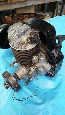 Victa 18 Engine Use Twin Spark Plugs In Working Condition