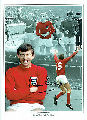 Martin PETERS SIGNED Autograph 16x12 Photo AFTAL COA 1966 England Montage