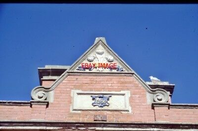 Photo  Roof Of An Unidentifed Railway Station No 401