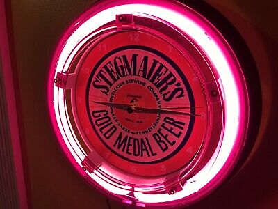 Stegmaier Pennsylvania Beer Bar Advertising Man Cave Neon Wall Clock Sign