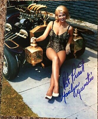 Pat Priest Marilyn Munster The Munsters Autographed 8X10 Photo #2