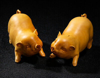 TL051ca - 13x5x6.5 CM High Hand Carved Boxwood Carving:  Pair of Pigs