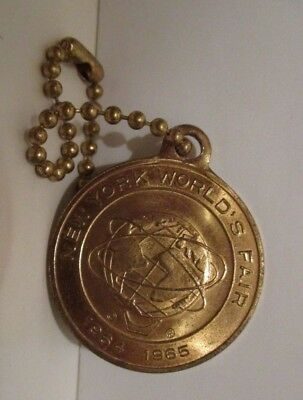 Vintage 1964 1965 Nywf New York World's Fair Unisphere Metal Key Chain