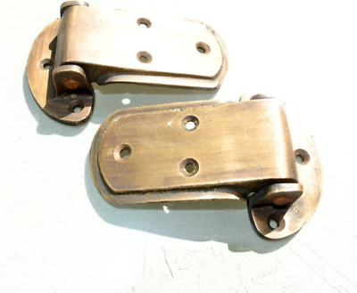 """2 rare ICE BOX CATCH 2 HINGES aged style solid Brass heavy offset 4 """" aged B"""