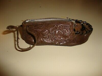 Vintage Hand Tooled Floral Leather Shoe Coin Purse - Hecho en Mexico