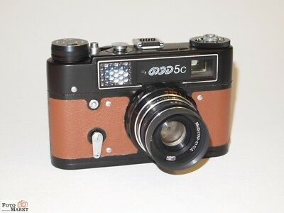Compact Camera with M39 Leica Thread (Russia) Fed 5c. + Lens 2,8/55mm Lens