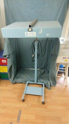 Olympic Medical #33 Bili Lite Phototherapy Rolling Light Stand Infant Six Bulbs