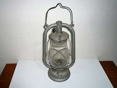 ANTIQUE 1930s GERMAN FEUERHAND NR 327 HURRICANE LAMP