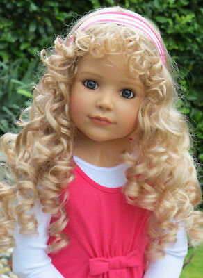 """Masterpiece Doll Wig Princess and the Pea Brunette WIG ONLY Fits Up to 20/"""" Head"""