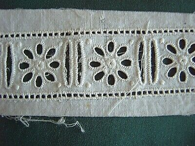 ~ Vintage Broderie Anglaise Insertion - 2 Pieces - Remains Of One Label [Aa]