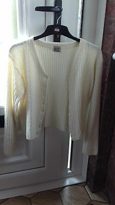 size 16/18 top quality v expensive '70% LAMBSWOOL' soft cosy WARM creamCARDIGAN