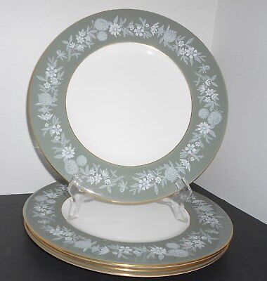 Wedgwood Bone China FIELDFARE GREEN Lot of 4 Dinner  Plates England