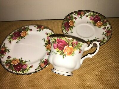 Royal Albert Old Country Roses Pattern Cup Saucer & Tea Plate