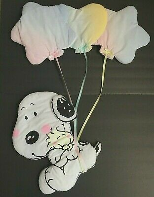 Lambs & Ivy My Little Snoopy Balloons Soft Wall Decoration Puffy Hearts Stars
