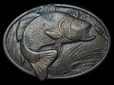 LL23113 VINTAGE 1970s **LARGE MOUTH BASS JUMPING FOR LURE** FISHING BELT BUCKLE