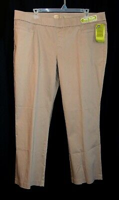 6f06f254 Lee Plus-Size Natural Fit Style Up Pull-On Barely Boot Stretch Pants -