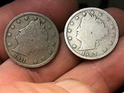 1911 & 1907 Liberty Head V-Nickel, US 5 Cents, 2 Dates for 1 Price