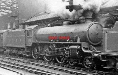 Photo  Lner B1 No 61156 + Another B1 1947 At Sheffield Victoria Railway Station