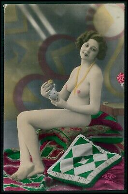 French nude woman Art dECO perfume original old 1920 tinted color photo postcard
