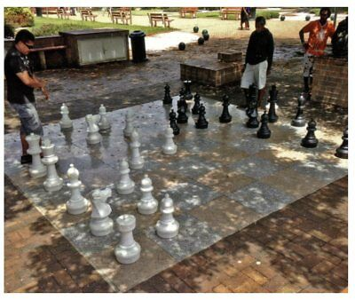 Giant Chess Board - Jeux d'Echec Géant - New Caledonia