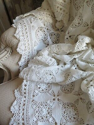 Vintage french Crochet XL Granny PLAID Bed cover Alter Überwurf SHABBY