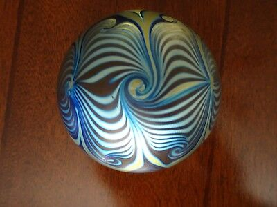 Signed CORREIA Studio Art Glass Iridescent PULLED FEATHER Paperweight 11 78 11