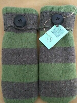 Handmade WOOL blend recycled Mittens sweater women, one size, fleece lined green