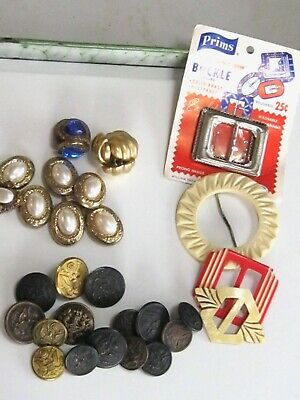 Lot Collection Of Notions - Buckles Buttons Covers Celluloid Art Deco - 1980'S