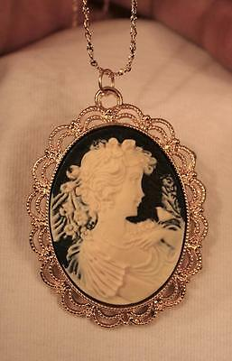 Scalloped Goldtn Blue Cream Lovely Victorian Lady & Bird Cameo Pendant Necklace