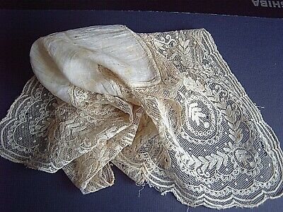 > VINTAGE LACE TRIMMED SILK HANDKERCHIEF - 41 x 36 cms - VERY DISTRESSED  [D]