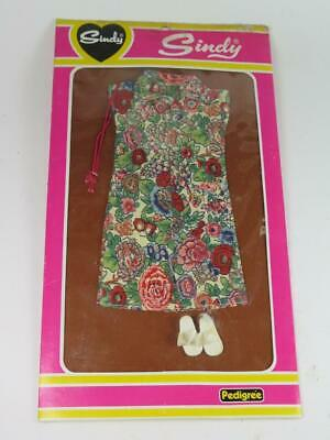 Vintage Pedigree Sindy Doll FREE 'N' EASY Boutique Outfit 44120 Unopened 1980s