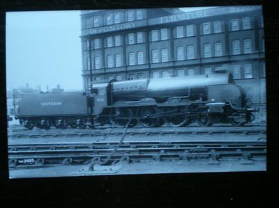 Photo  Sr Maunsell Lord Nelson 4-6-0 Loco 30856 Lord St. Vincent