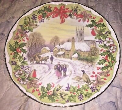 """Royal Albert """"Gathering Winter Fuel"""" Bone China England Collector Plate New In B"""