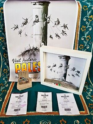 BANKSY The Walled Off Hotel Collection incl Poster - BoxSet - Wall Sculpture