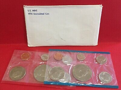 1976 P & D United States 12 Coin BU Bicentennial Mint Set as Issued