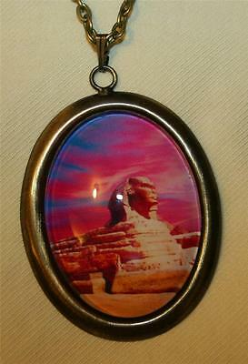 Handsome Brasstone Tomb of King Tut Egypt Egyptian Oval Pendant Necklace