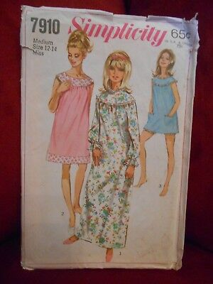 Simplicity Vintage Nightgown & Bloomers Pattern 7910 Size 12 14 Uncut