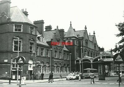 Photo  Marylebone Railway Station C Summer 1976 Opened By Great Central Railway