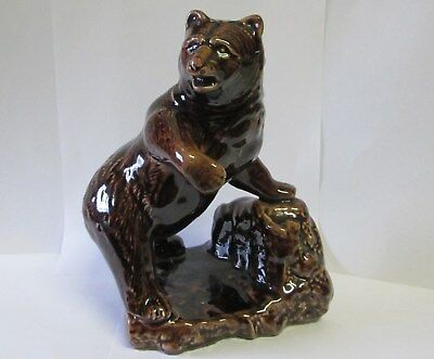 Vintage  Blue Mountain Pottery Grizzly Bear With Label