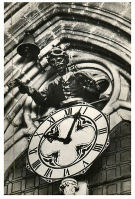 (DEL 25) Postcard - very old - Spain - Burgos Cathedral, Clock and Gobe Mouche