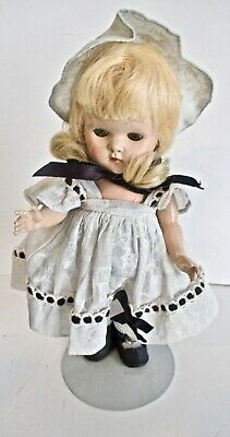 Original1952 VOGUE GINNY- Kindergarten Series- LINDA blonde hair-strung-dressed