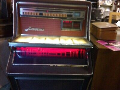 WURLITZER AMERICANA VINYL JUKEBOX.working. man cave retro pub cafe Ilkeston.