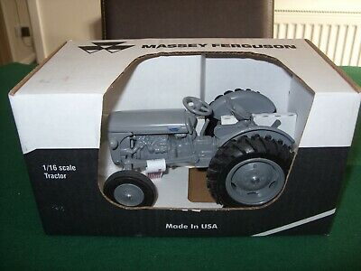 MF MASSEY FERGUSON TO-20 TRACTOR 1/16 by Scale Models of Iowa - NEW & Boxed