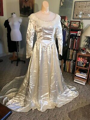 Vtg Antique c.1940's Ivory Bridal Satin Long Sleeve Wedding Dress Gown w/ Train