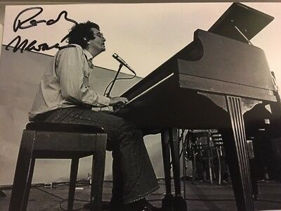 Singer / Songwriter RANDY NEWMAN SIGNED 4X6 PHOTO AUTO