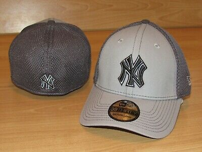 07ce3b5388b90 New York Yankees Grayed Out Neo 39Thirty Mesh Back Flex Fitted Hat Cap Men s  ...