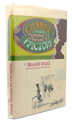 Roald Dahl CHARLIE AND THE CHOCOLATE FACTORY 1st Edition
