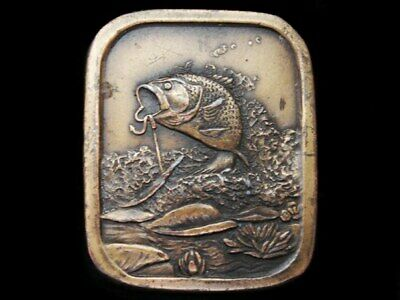 Lc27119 Vintage 1976 ***Large Mouth Bass Hooked On Bait*** Fishing Belt Buckle