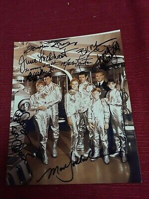 Holy grail Rare vtg Lost in Space cast signed autographed photo Mumy lockhart