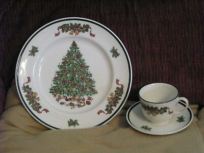 Johnson Brothers England Victorian Christmas Place Setting, New!